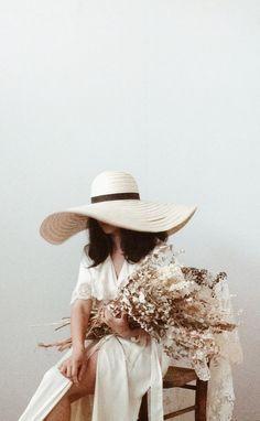 Adored Vintage | vintage + flowers