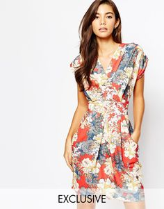 c92bfd8f8a Closet Wrap Front Dress With Pockets In Floral Print at asos.com