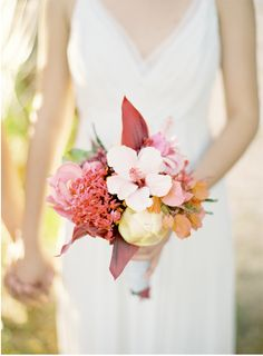 Tropical bouquet perfect for seaside wedding