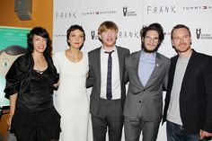 Michael Fassbender and Maggie Gyllenhaal Bring Out Their Inner Rock Stars at 'Frank' Premiere