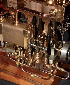 Triple expansion engine