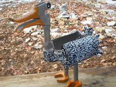 Post hole digger duck Welding Crafts, Welding Art, Welding Projects, Metal Yard Art, Scrap Metal Art, Metal Art Projects, Metal Crafts, Baseball Quilt, Yard Ornaments