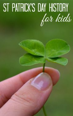 St Patricks Day History for Kids patricks day crafts for kids St Patricks Day History for Kids and Curious Adults St Patricks Day Crafts For Kids, St Patrick's Day Crafts, Holiday Crafts, Holiday Fun, Holiday Ideas, Holiday Decorations, March Crafts, Food Crafts, Winter Holiday