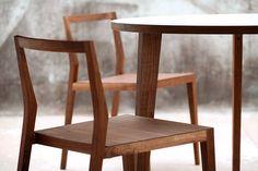 Köksstolar - designstolar från MINT http://www.vallaste.se/sv/koksstolar/2609-mint-chair-ghost.html