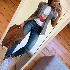 Graceful outfit idea to copy ♥ For more inspiration join our group Amazing Things ♥ You might also like these related products: - Blazers & Suit Jackets. Blazer Outfits Casual, Hijab Casual, Outfit Jeans, Casual Jeans, Ootd Hijab, Mode Outfits, Fashion Outfits, Womens Fashion, Look Blazer