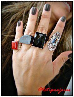 Anéis em prata 925 com pedras naturais. Coral vermelho, Ágata fumê, Ônix e Abalone