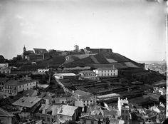 Lisboa de Antigamente: Castelo de São Jorge: porta de Martim Moniz