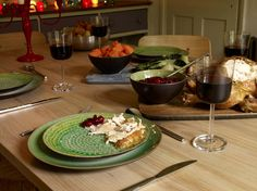 Tuck into Christmas lunch on Sintra dinnerware #Habitat