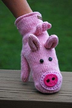 Piggie mittens!
