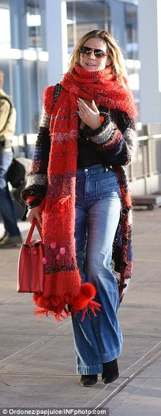 Klum flashes bra in plunging blouse as she arrives at JFK airport Winter Dresses, Winter Outfits, Dress Winter, Sports Illustrated Swimsuit Covers, Model Look, Cover Model, Heidi Klum, Lady In Red, Plaid Scarf