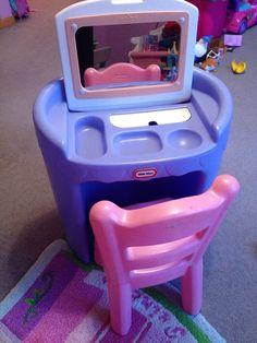 lot vintage little tikes pink child size vanity high chair cradle bassinet buggy pink child. Black Bedroom Furniture Sets. Home Design Ideas