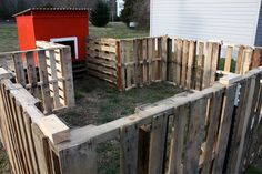 pallet doghouse | Pallet Yard - Dog House | for my lil cozy place i call home