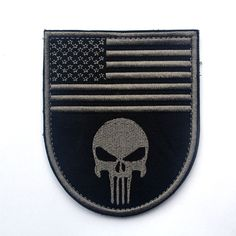 The Flag Of America Tactical Morale Patch Punisher Skull Badge US Army Military Combat Armband Path For Jackets Jeans Backpack Army Usa, American Flag Patch, Tactical Patches, Flag Patches, Morale Patch, Clothing Patches, Embroidery Patches, Sewing Notions, Diy Accessories