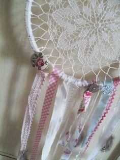 Dekorácie - Čipkovaná dekorácia ala dream catcher  - 5547431_
