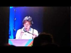 Paul McCartney`s killer combo in Uruguay: Let it be + Live and Let Die + Hey Jude