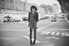 Robe La Campania Fantastica via My Sweet Dressing, perfecto Zara, lunettes Wildfox, pochette fleurie Finders Keepers