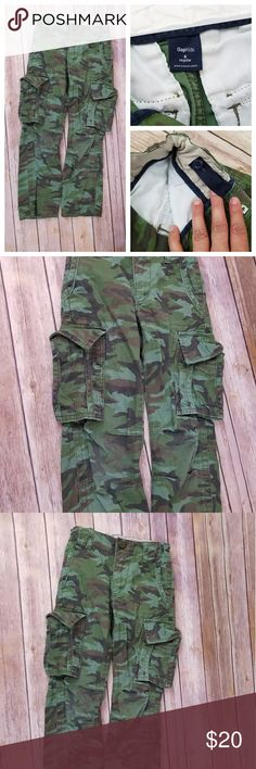 GAP Kids Green Camo Cargo Pants GAP kids pants. With elastic adjuster. Sill in good condition. Gap Kids Bottoms Casual