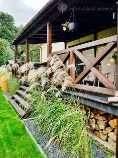 Drewniane zadaszenie tarasu z balustradą krzyżową / Zakład Stolarski Poznań Grill, Ikea, Garden, Home, Garten, Ikea Co, Lawn And Garden, Ad Home, Gardens