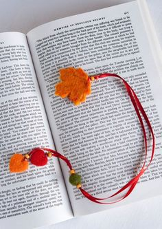 A perfect bookmark for all of the new autumn book releases!