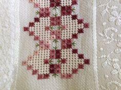 Bargello Needlepoint, Needlepoint Stitches, Needlework, Tambour Embroidery, Hardanger Embroidery, Ribbon Embroidery, Swedish Weaving, Drawn Thread, Cross Stitch Borders