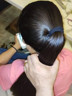Indian Hairstyles, Ponytail Hairstyles, Long Silky Hair, Straight Ponytail, Girl Face, Hair Styles, Beauty, Beautiful, Fashion