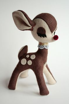 Chocolate Deer by Emily Bee ♥ this is sewn felt not needle felt but very cute