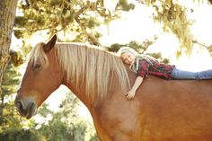 10 reasons why your daughter should have a horse