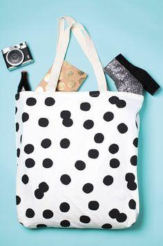 MAXI TOTE BAG GEORGIA  http://www.wearlemonade.com/fr/accessoires/109-maxi-tote-bag-georgia.html
