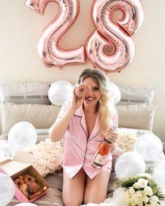 Trendy Birthday For Her 60 Ideas Cute Birthday Pictures, Birthday Ideas For Her, Birthday Goals, Happy Birthday Girls, Cute Birthday Gift, Birthday Woman, Birthday Photos, 21st Birthday, Birthday Cake