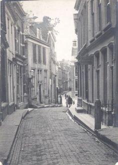 kleine hoogstraat 1925 Historisch Centrum Leeuwarden - Beeldbank Leeuwarden