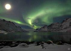 Ciudades europeas para visitar en invierno: Reikiavik, Islandia - http://www.turismito.com/continentes/ciudades-europeas-para-visitar-en-invierno-reikiavik-islandia aguas termales, invierno, Islandia, Reikiaviv