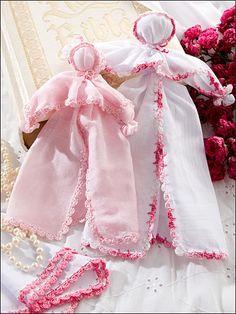 hankerchief dolls   Hanky Book Church dolls   Flickr - Photo Sharing!