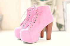 I'm not really a pink kinda person but my goodness these are cute!!