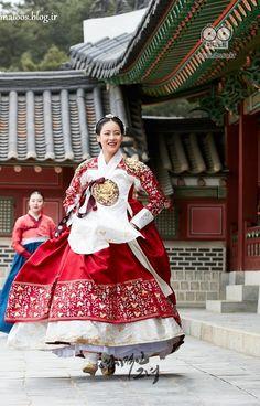 Korean Traditional Dress, Traditional Dresses, Korean Dress, Korean Outfits, Hanbok Wedding, Old Fashion Dresses, Fashion Outfits, Modern Hanbok, My Sassy Girl