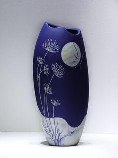 Blue Moon Porcelain Vase – Erwood Station