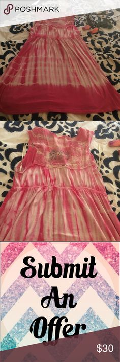 Buy 1 get 1 FREE 💕 Cute long flowy tank top/ DRESS stretchy comfy material • good condition • Forever 21 Tops Tank Tops