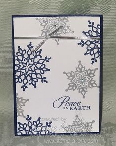 Silver Flurry Stampin Up! Festive Flurry stamp set, silver embossing. Very quick, very easy and which rhinestones very pretty and bring for Christmas