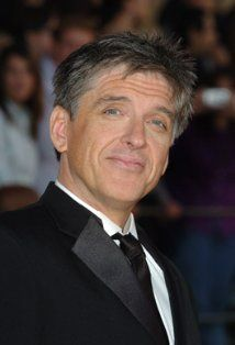 Craig Ferguson. It's the accent. He's not the best looking guy in the world and yet he is still über attractive!