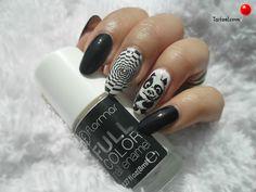 manichiura cu oja alba si oja neagra nail art Nailed It, Kung Fu Panda, Nail Colors, Enamel, Nail Polish, Nail Art, Nails, Makeup, Beauty