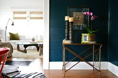 Dining room inspiration: Navy paint + crisp white trim