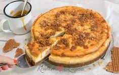 Stroopwafelcheesecake met karamelsaus Baking Recipes, Dessert Recipes, Desserts, Frozen Cheesecake, True Food, Happy Foods, Let Them Eat Cake, Sweet Recipes, Cupcake Cakes