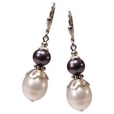 Perlenohrhänger Schwarz-Weiß mit Silber | Perlotte Schmuck