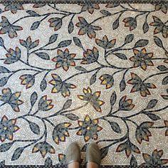 #sicis #sicis_mosaic #italy #ravenna #mozaik #mosaic #mindenmozaik #everythingismosaic #artistic #muveszi #art #kezmuves #floor #ihavethisthingswithfloors #mik #kozosseg #ikozosseg  #inst10 #ReGram @azulmundo: #Sicis Ecclesio rug at our showroom entrance.