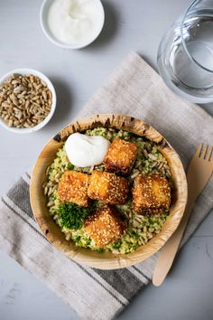 Lemon couscous with crispy feta cheese, sunflower seeds and na .- Lemon couscous with crispy feta cheese, sunflower seeds and natural yoghurt – quick recipes from my kitchen - Quick Recipes, Veggie Recipes, Vegetarian Recipes, Chicken Recipes, Healthy Recipes, Vegetarian Humor, Clean Eating, Healthy Eating, Soul Food