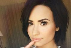 Demi Lovato rocks bob hairstyles. This style icon and songstress knows a thing or two about styling the short lob in 7 different ways.