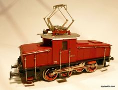 Marklin 3001 versione 1963 | My Marklin - the same Locomotive before get the Number CE800. 3 Versions you can buy - brown, green and red - perfect engine!
