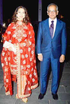 Juhi Chawla with husband Jay Mehta at Shirin Morani's wedding reception. #Bollywood #Fashion #Style #Beauty