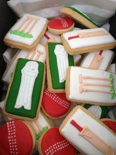 Cricket Party Ideas - Little Party Love Cricket Birthday Cake, Cricket Theme Cake, Kid Cupcakes, Cupcake Cookies, Sugar Cookies, Boy Birthday Parties, 4th Birthday, Sports Birthday, Royal Icing Sugar