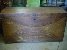 Paint Decorated Blanket Box, Primitive Country Living Chest