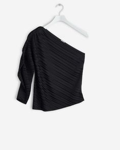 Plissé Top - Gifts for Her - Woman - Filippa K Top Gifts, Cashmere Scarf, Trousers, Pants, Every Woman, Gifts For Her, Style Inspiration, Crop Tops, Skirts